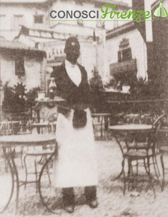 Cameriere cinema teatro Alhambra.