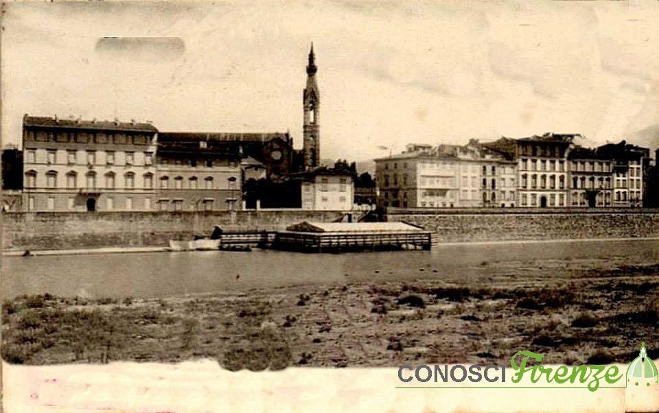 sotto il campanile di S. Croce, il Bagno Cavalleggeri