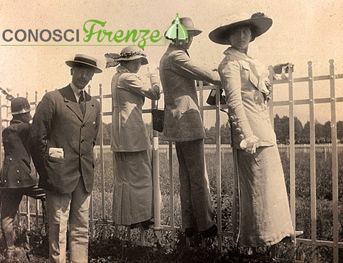 ritratto di famiglia al parco delle Cascine, Firenze, 1910-1912,