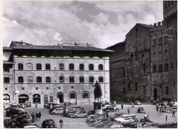 Palazzo della Mercanzia anni 60