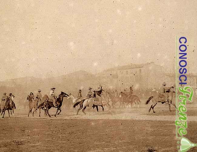 La lotta con gli indiani , una scena dello spettacolo western West Wild Show di Buffalo Bill