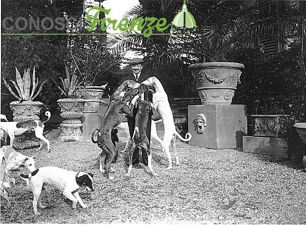 Gabriele D'Annzio e i sui Cani alla Capponcina