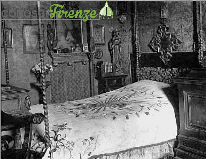 Camera da letto di D'Annunzio alla Capponcina.