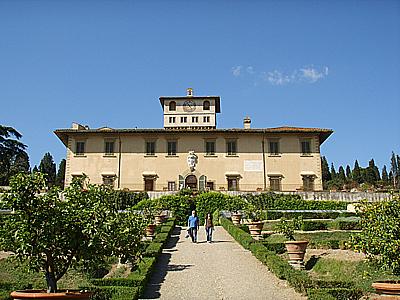 Villa La Petraia con Emanuela Saccà